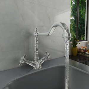 Traditional Kitchen Tap