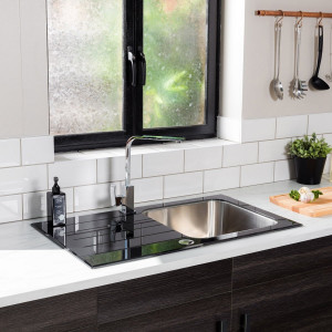 Valle Elsa 860x500mm Single Bowl Black Glass Compact Kitchen Sink